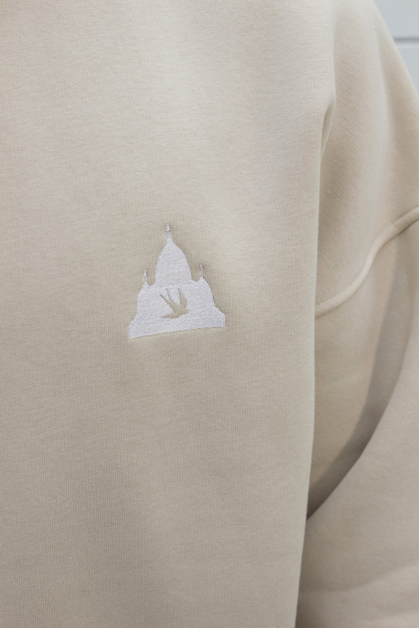 Logo Turtleneck Fleece Cream