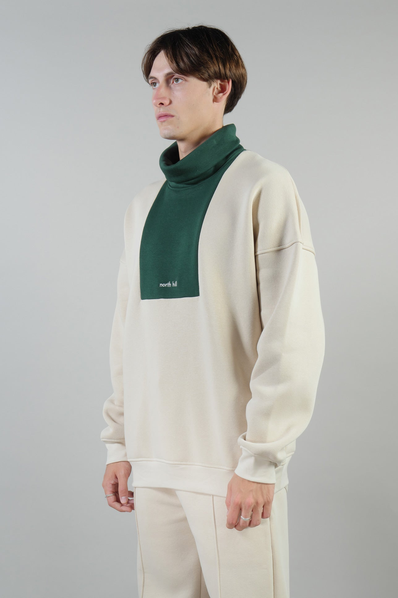 COLORBLOCK TURTLENECK GREEN