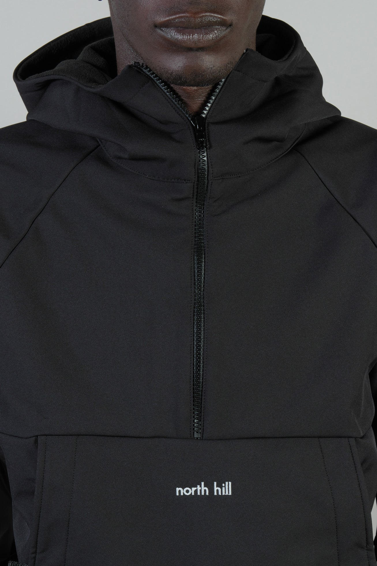 BLACK SOFTSHELL ANORAK