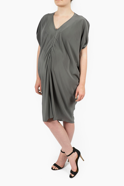 Maternity Breastfeeding Nursing Dress in Nimbus Gray