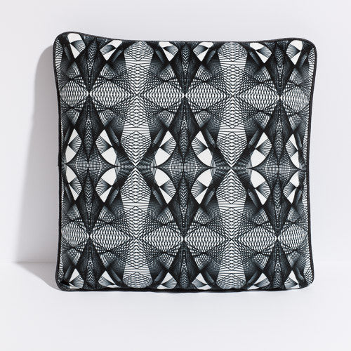 Printed pillow: black and white spiro design