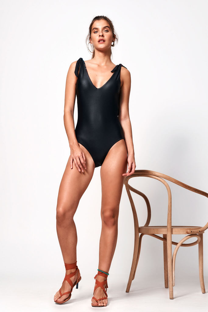 Fleur Tie Up One Piece | Black & Floral
