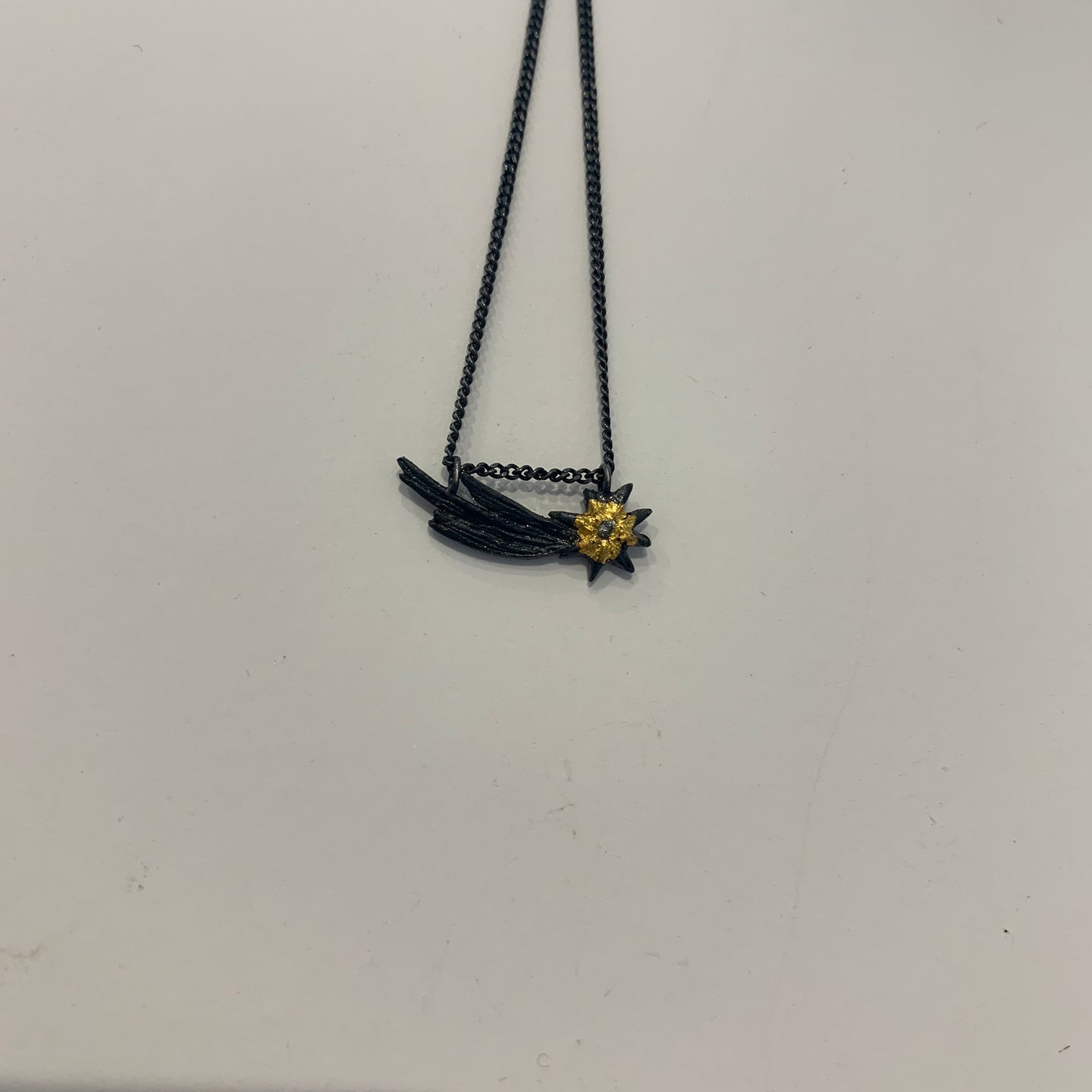 Shooting Star Necklace - Outlette Jewelry