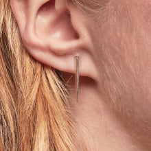 Load image into Gallery viewer, Petite Telson Ear Climber - Outlette Jewelry