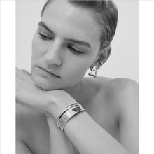 Load image into Gallery viewer, Ora Cuff - Outlette Jewelry