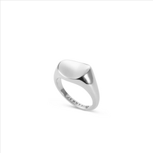 Load image into Gallery viewer, Dee Signet Ring - Outlette Jewelry