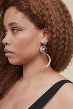 Load image into Gallery viewer, Arrow Earring - Outlette Jewelry