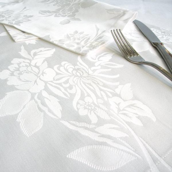 Fleurs Damask Table Cloth