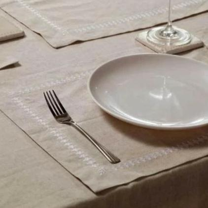 French Bee Linen Table Cloth