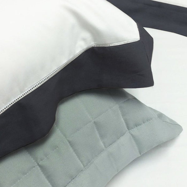 Hotel Grid Bedspread - Pillowcases From