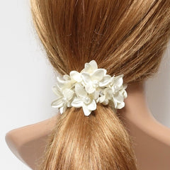 """Handmade"" scrunchies/hair holder Cream white pearl flower beaded hair elastic ponytail holder decorated elastic band hair tie scrunchies"