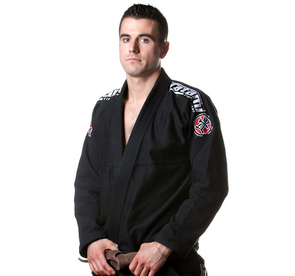 Tatami Nova 2015 BJJ Gi Color Black Model View