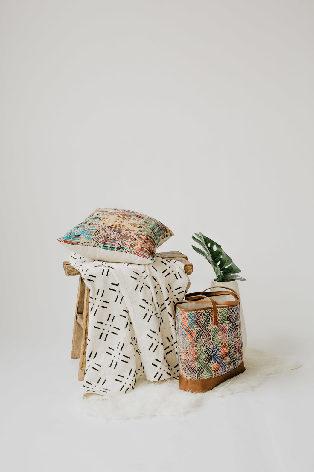 White Mud Cloth Throw - Guatemalan Handbags // JOJI
