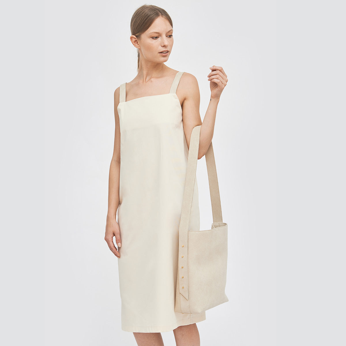 Sustainable Adjustable strap tote bag _ Mila.Vert