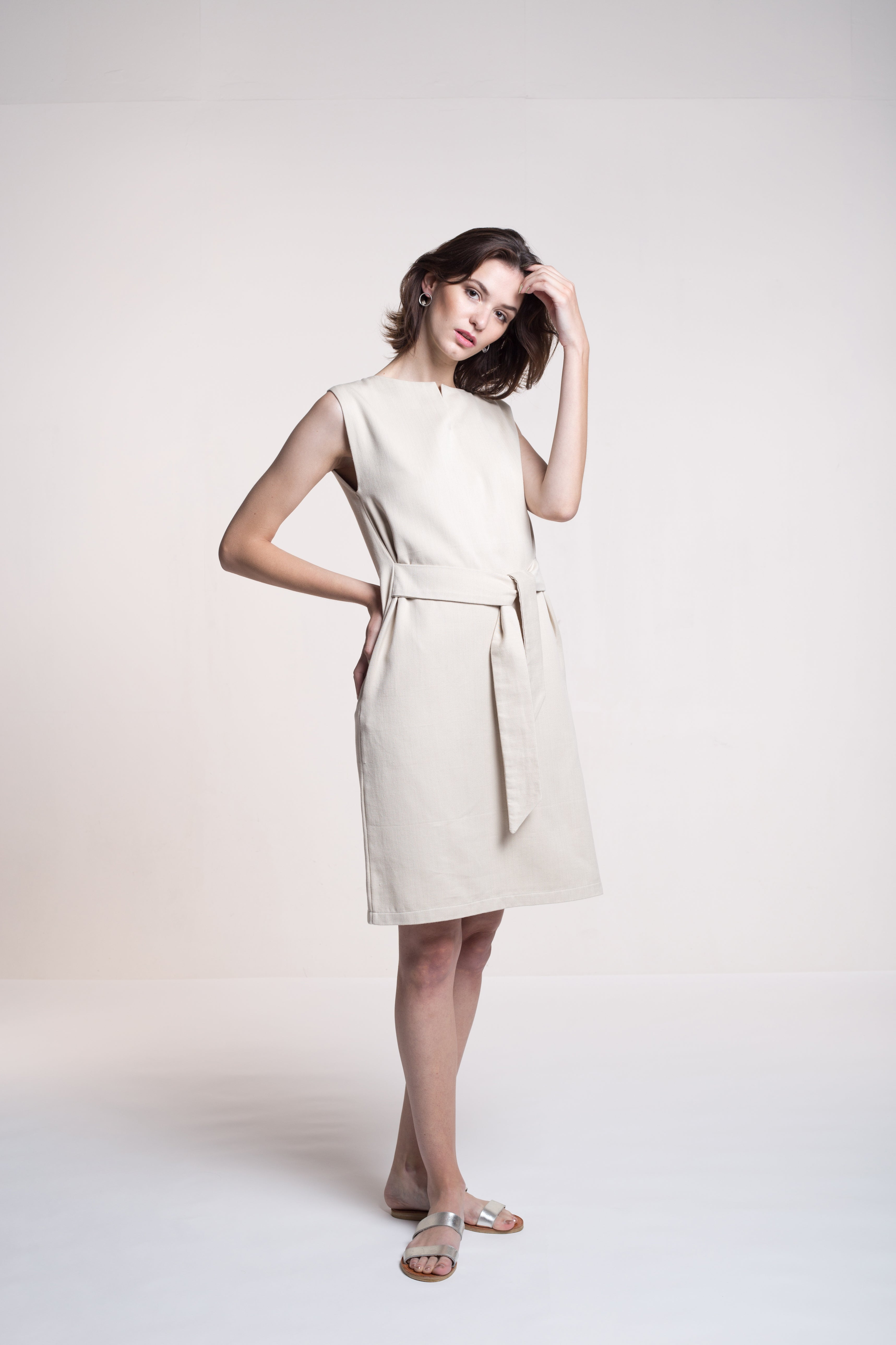 Sustainable Denim dress with a belt _ Mila.Vert
