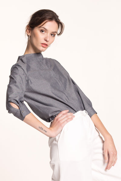 Sustainable Standing neckline blouse _ Mila.Vert