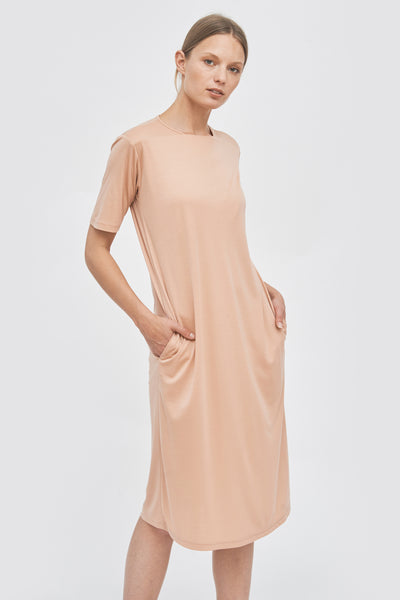 Sustainable Straight neckline detail dress _ Mila.Vert