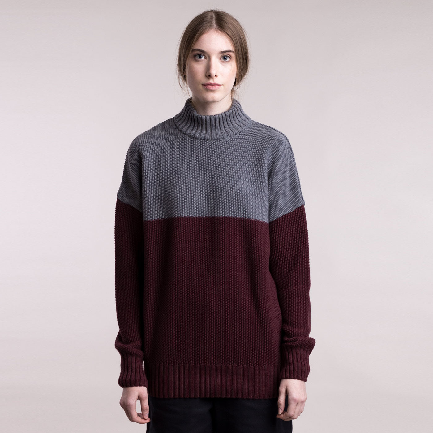 Knitted double-colour pullover
