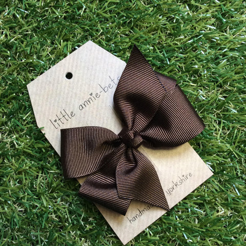 Chocolate Brown Pinwheel Bow