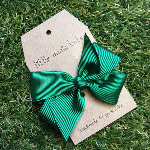 Emerald Green Pinwheel Bow