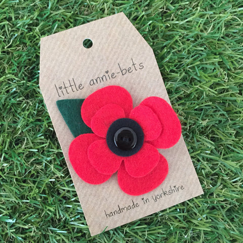 Felt Poppy with Leaf