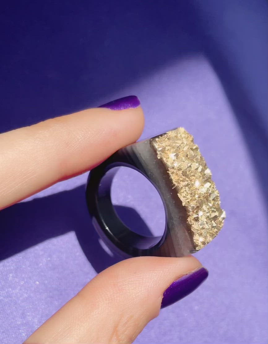 Carved Rock Ring - Gold