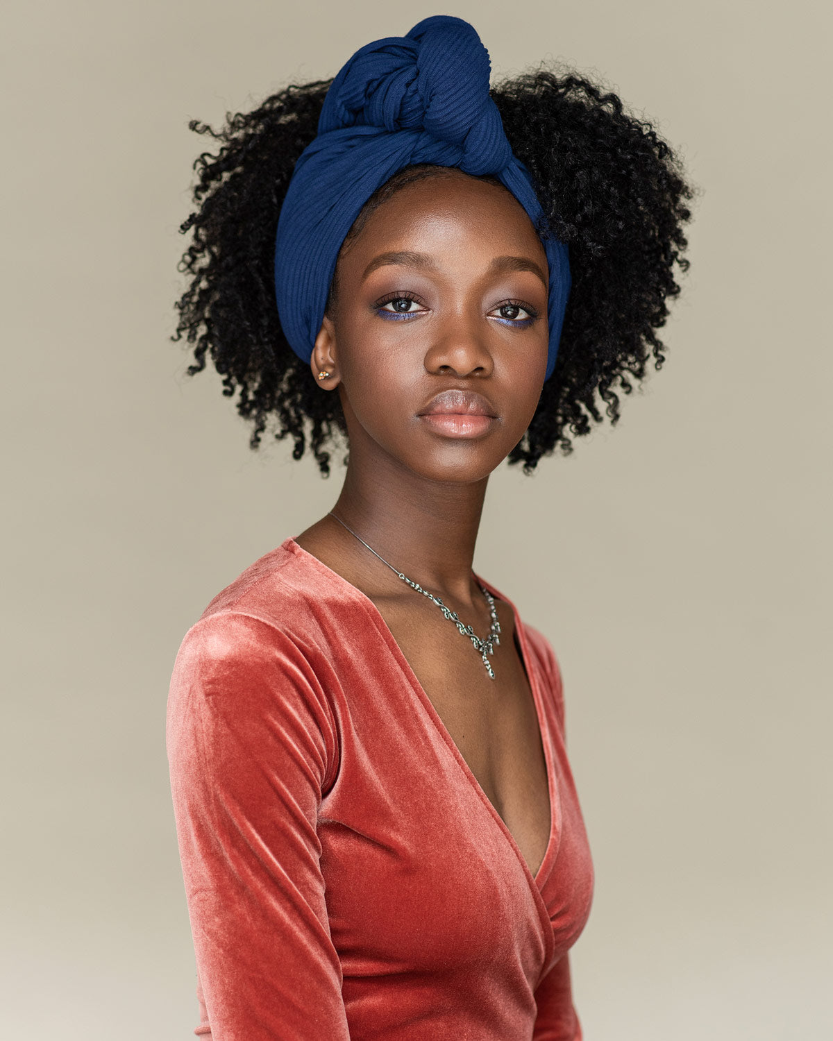 Side swept using BLUE head wrap