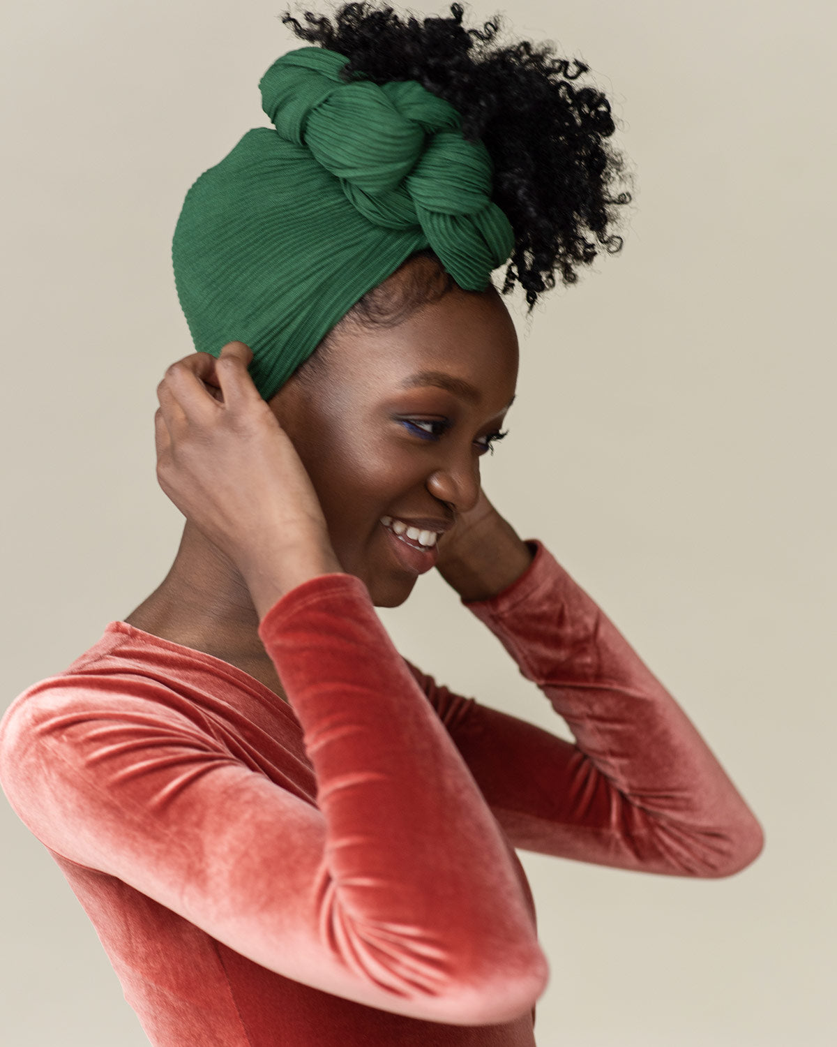 Side twist updo using HUNTER head wrap