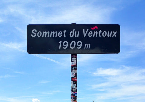 Most pictured road sign in all of France?