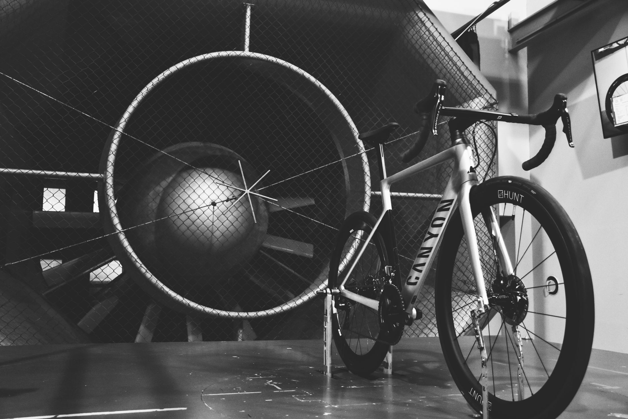 Canyon Bike with Hunt Wheels in a wind tunnel test