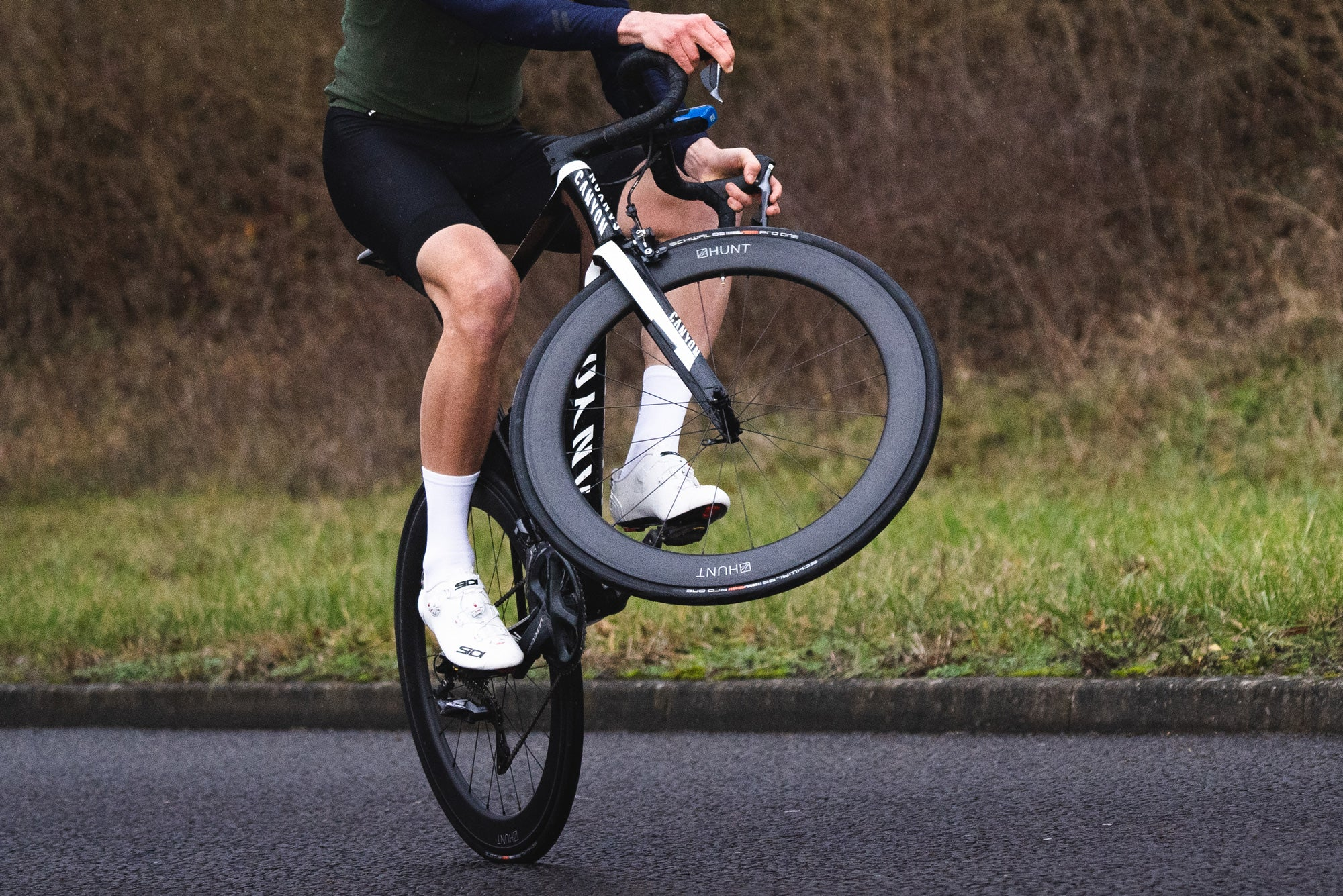 <h1>Weight</h1><i>The consequence of the fanatical attention to detail is an outstandingly light 1575g (62/62) wheelset weight in a lightning fast stiff aero package. We've enjoyed free wheeling in the pack whilst all others are pedalling, is it cheating?</i>
