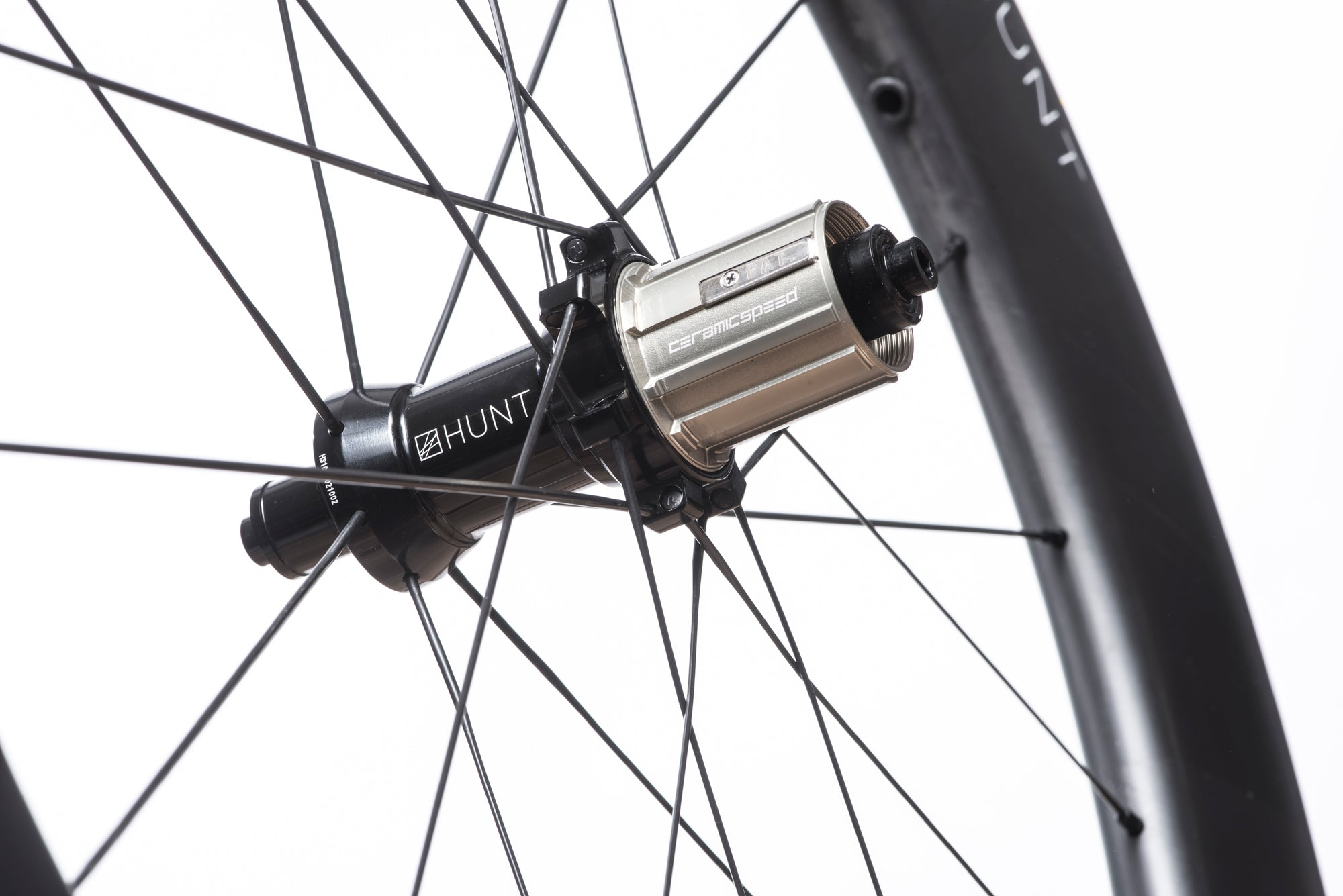 <h1>FREEHUB BODY</h1><i>Featuring 3 multi-point pawls with 3 teeth each and a 48t ratchet ring. The result an impressively low 7.5˚ engagement angle. Durability is a theme for HUNT, and so all our freehub bodies have Steel Spline Insert re-enforcements to provide excellent durability against cassette sprocket damage often seen on standard alloy freehub bodies. Includes 2 CeramicSpeed bearings in the body.</i>