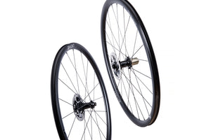 Nearly New HUNT 30 Carbon Aero Disc Wheelset