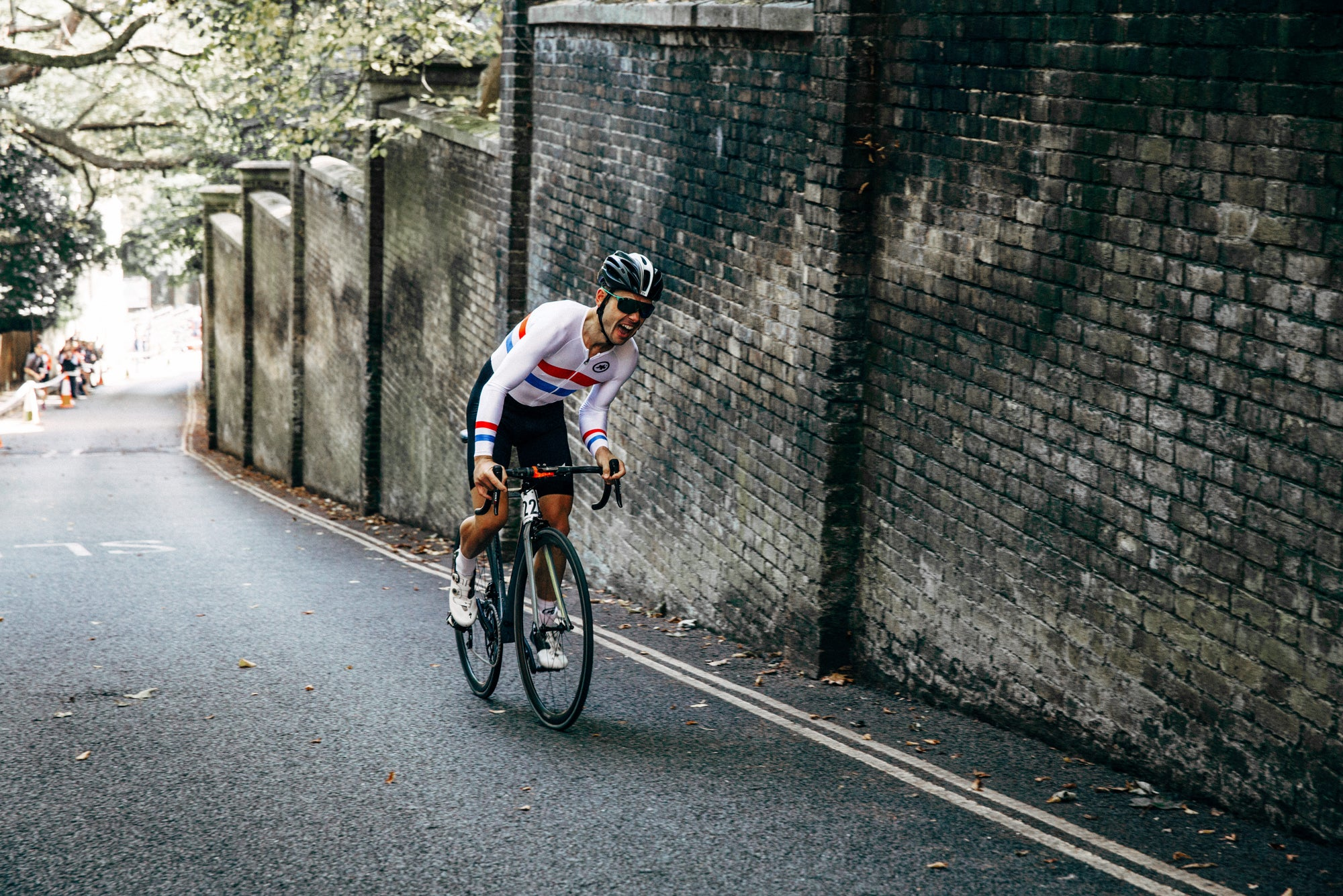<h1>Hunt Hill Climb SL Wheelset</h1><i>Dan Evans racing at Urban Hill Climb up London's Swain's Lane</i>