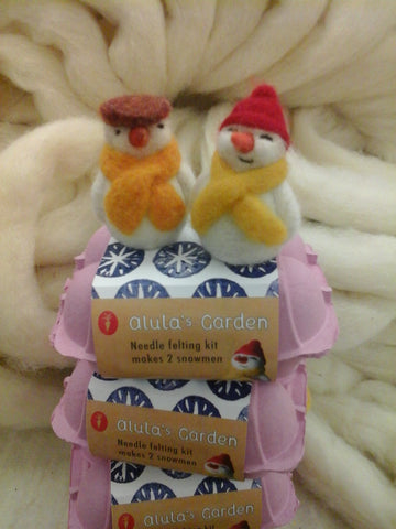 Alulah's Garden needle felting kit - makes 2 snowmen