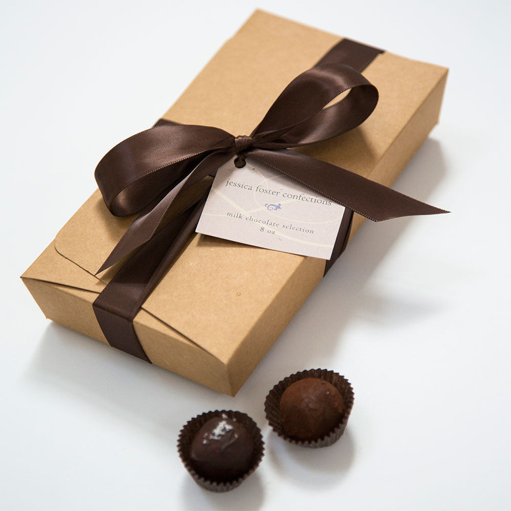 18 Piece Milk Chocolate Gift Box Set