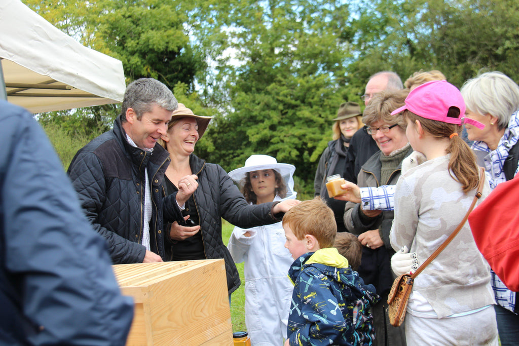 Hiveshare Honey Celebration and Honey Collection 2015 Newsletter-Brookfield Farm