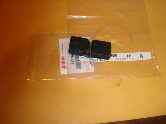 Suzuki AC50 AS50 A100 RM125 RM250 RM 125 250 rear tank rubber OEM