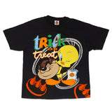 VINTAGE TRICK OR TREAT LOONEY TUNES CLAW TEE