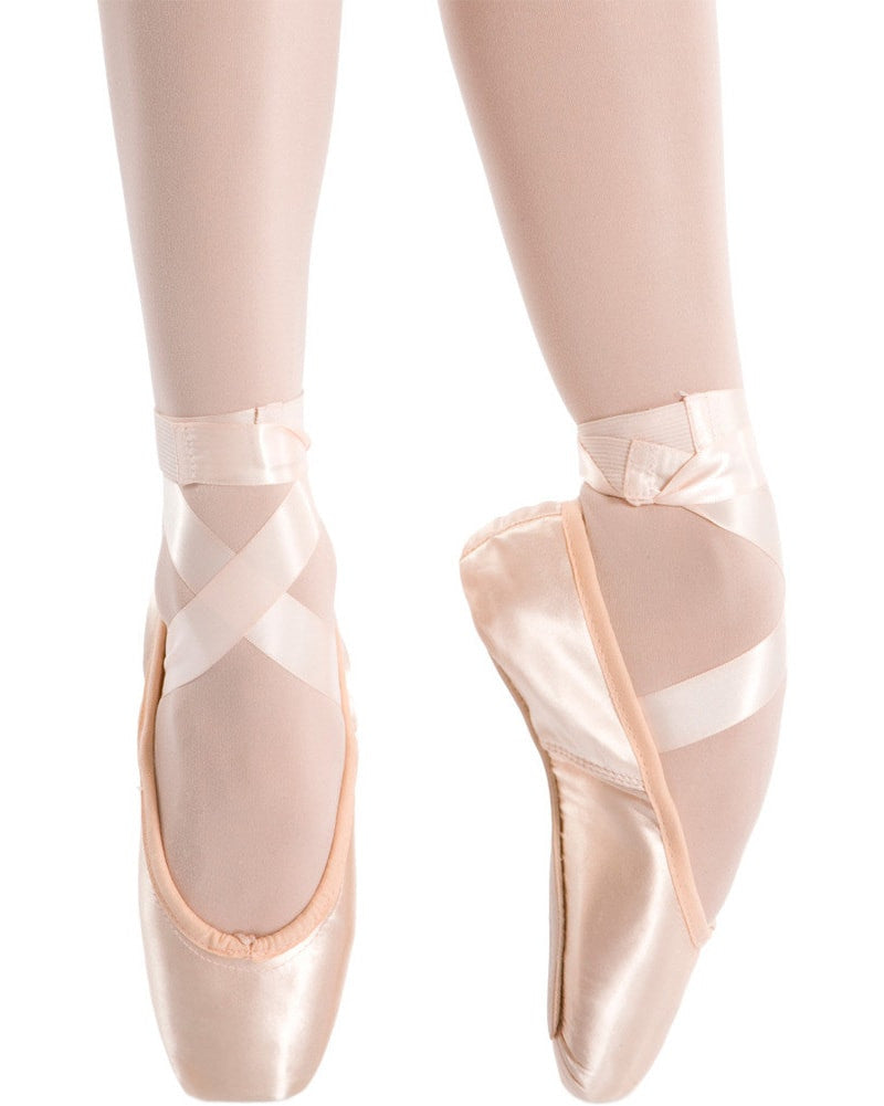 Freed Of London Classic Professional Pointe Shoes - Medium Shank - SBTCP Womens - Dance Shoes - Pointe Shoes - Dancewear Centre Canada