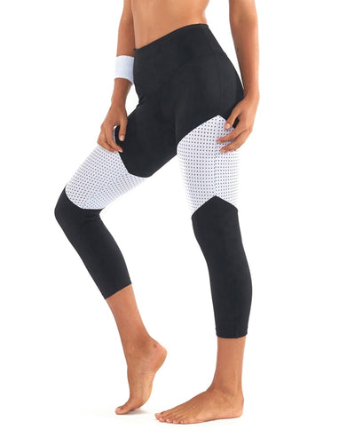 L'urv - Race Ready 3/4 Legging Black/White Womens - Activewear - Bottoms - Dancewear Centre Canada