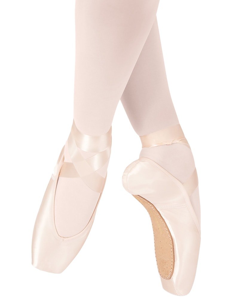 Russian Pointe Sapfir Pointe Shoes - U Vamp Flex Medium Shank - Womens