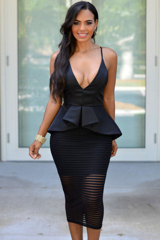 Black Elegant Series V Neck Spaghetti Straps Backless Dress