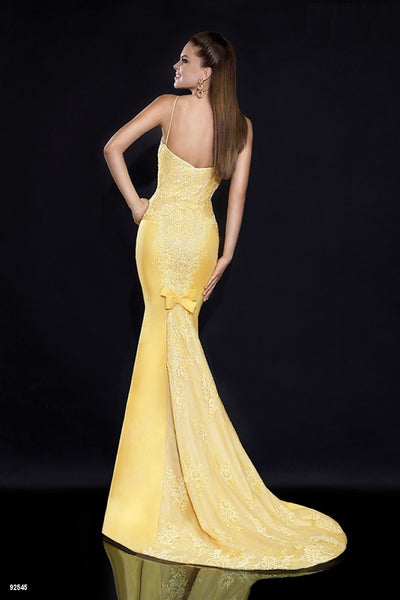 Backless Sleeveless Sweep Train Evening Formal Prom Party Dress Gown