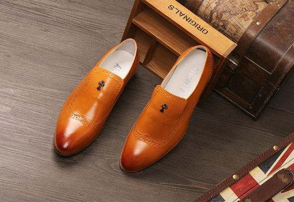 "English Breathable Pointed Leisure Leather Shoe "" Trendy Series """
