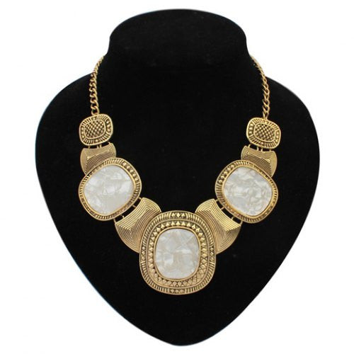 """Chic Series"" Gem Inlaid Round Pendant  Necklace"