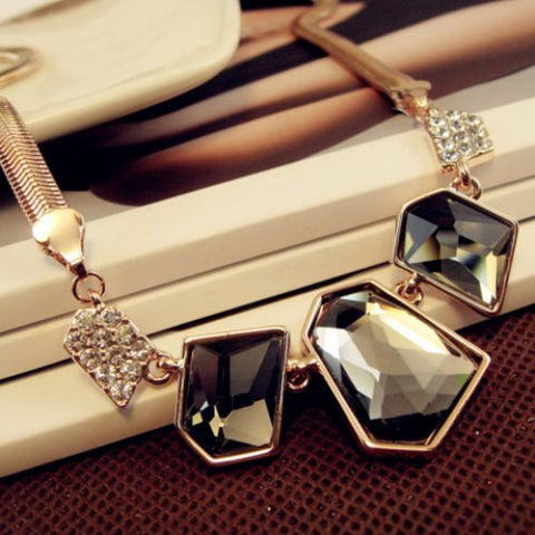 """Chic Series"" Geometric Gem Pendant Necklace"