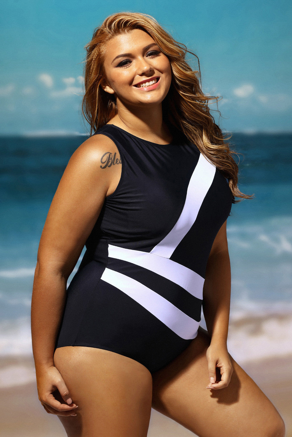 Her Contrast White Diagonal Splicing Black Monokini Swimsuit