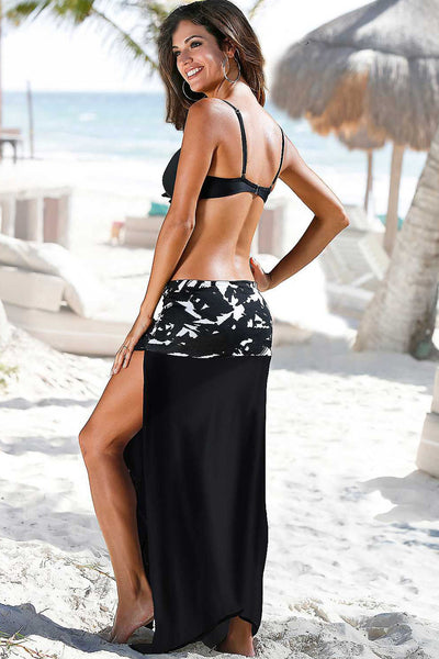 Her Multiple Looks Black & White Monochrome Print Sarong Cover up