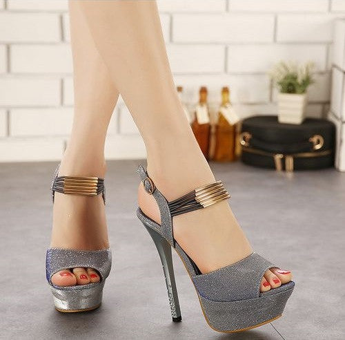 Trendy Fashion Design High Heel Button Shoes